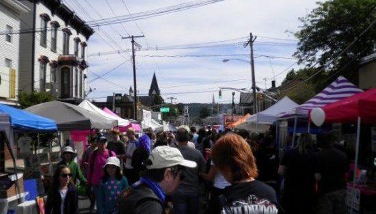 hktwn-street-fair